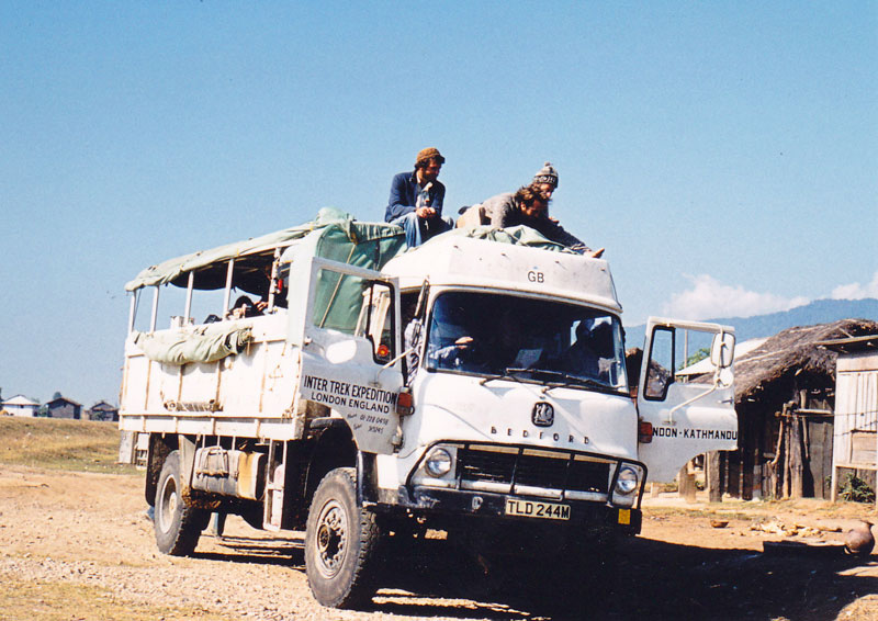 http://www.indiaoverland.biz/overland/forum-img3/Ingang-Gaida-Wildlife-camp.jpg